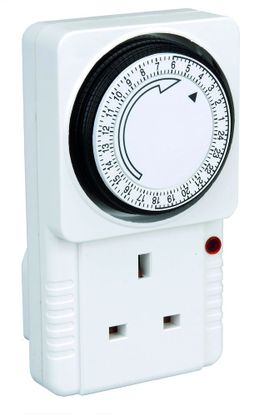 Picture of Mechanical 24 Hour Plug-in Timer